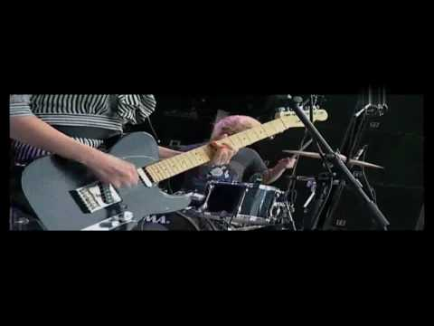 THE BLOOD RED SHOES - IT'S GETTING BORING BY THE SEA LIVE