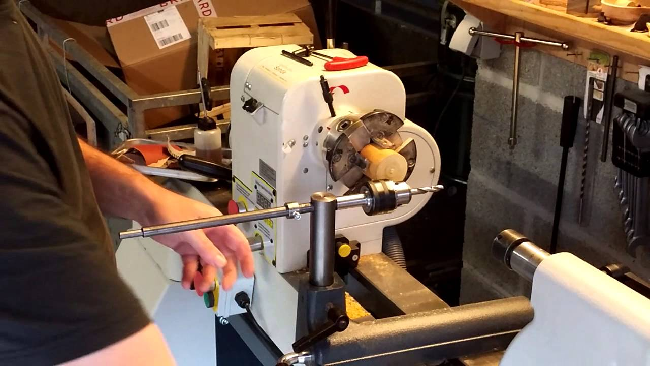 systeme de percage transversal pour tour bois side drilling on the lathe youtube. Black Bedroom Furniture Sets. Home Design Ideas