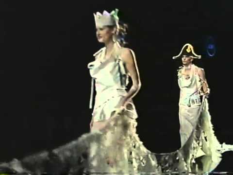 Christian Dior Haute Couture 2000 Spring Summer (Full)