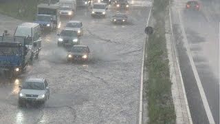 Hamburg: Unwetter - Starkregen - Autobahn unter Wasser (21.07.2016)