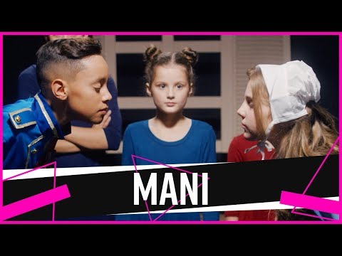 "MANI 2 | Piper & Hayley in ""Act Two"" 