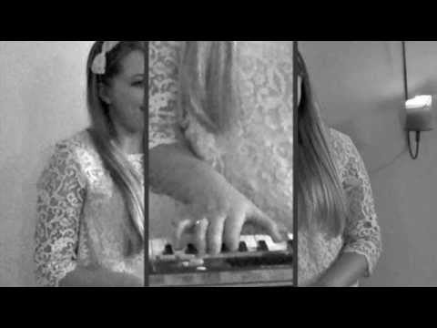 Travelin' Solider by The Dixie Chicks (Alexandra Holden Cover)