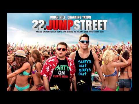 22 Jump Street  Models and Bottles  Blind Scuba Divers