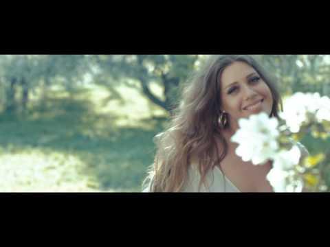 Лоя - Держи меня ближе (Официальное видео)