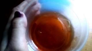 Смотреть видео удаление волос сахаром что делать если паста переварилась