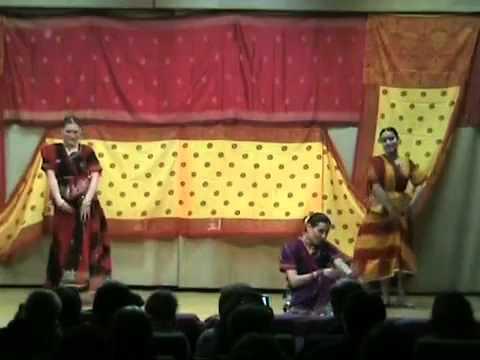 Bhojpuri song  Film Sasura Bada Paise Wala song Gamchha performed by Mangalam Tarang