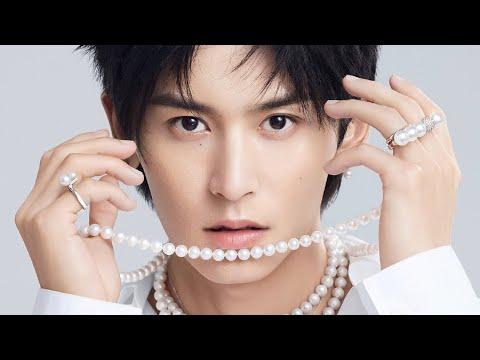 Download Zhang Zhehan 张哲瀚: I am very happy to be TASAKI塔思琦 brand ambassador.  很高兴成为 TASAKI塔思琦品牌形象大使