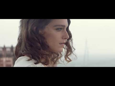法國演員阿麗安·拉蓓Ariane Labed首次香氛代言作 演繹自由旅行之美