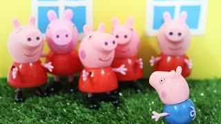 Pig George em As Cópias da Peppa Pig em Português Barbie Doll Story
