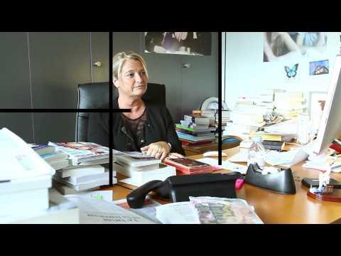 Bibliothérapie : l'interview de Marina Carrère d'Encausse