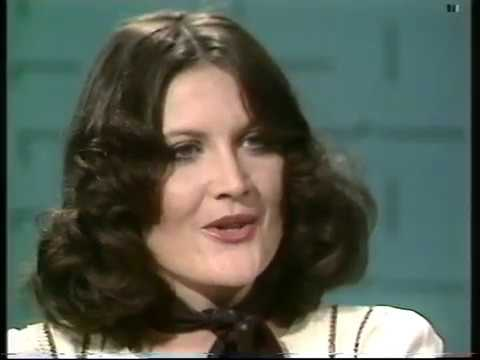 Sandie Shaw interview    Thames Television   Lunchtime Today   1974