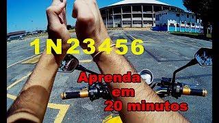 Aprenda a andar de moto em 20 minutos