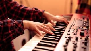 ボーカル半澤悠とキーボード中川千穂美による音楽ユニット「赤い糸」。 ...