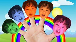 풍선 컬러송 노래를 부르면 지환이 얼굴 색깔이 바뀌어요 Jihwan's face changes color when he sings.
