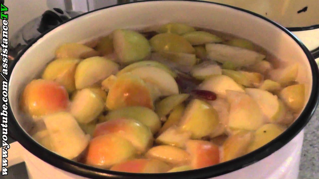 Варить компот из яблок