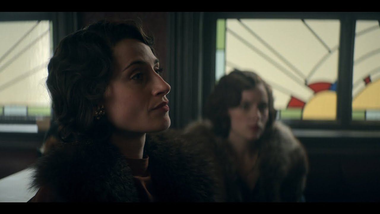 Download The family meeting | S05E01 | Peaky Blinders.