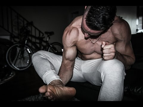 Best HOME Exercise to Get Big Biceps (NO EQUIPMENT!)