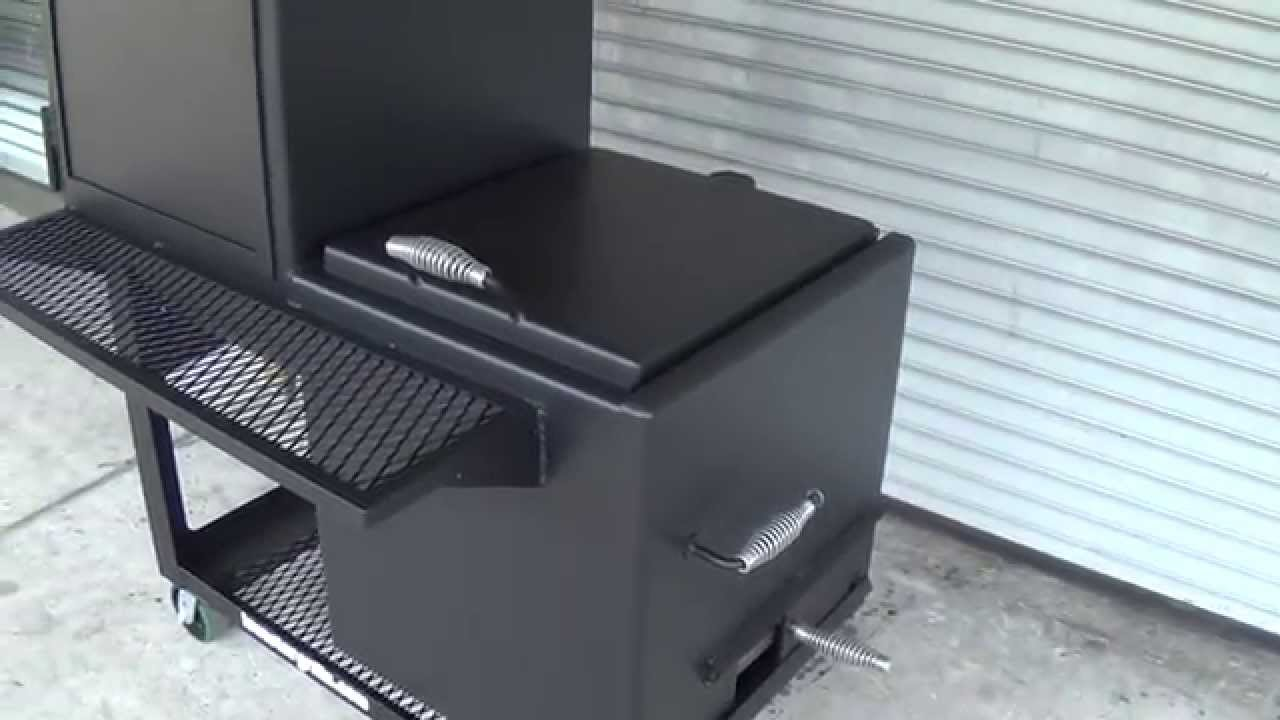 Offset vertical smoker 24x24 Lone Star Grillz  YouTube
