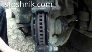 Замена передних тормозных колодок в полевых условиях Toyota Camry 6.
