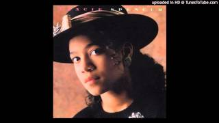 Watch Tracie Spencer Cross My Heart video