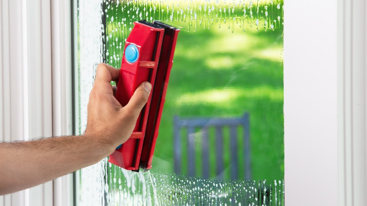 The Glider Magnetic Window Cleaner Youtube