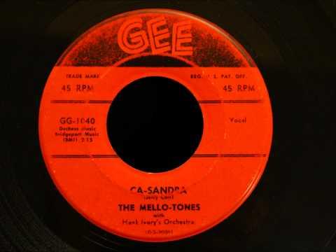 Mello-Tones - Ca-Sandra - Nice Mid-tempo Detroit R&B