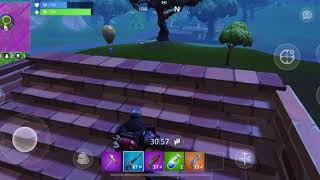My first Fortnite solo win on mobile