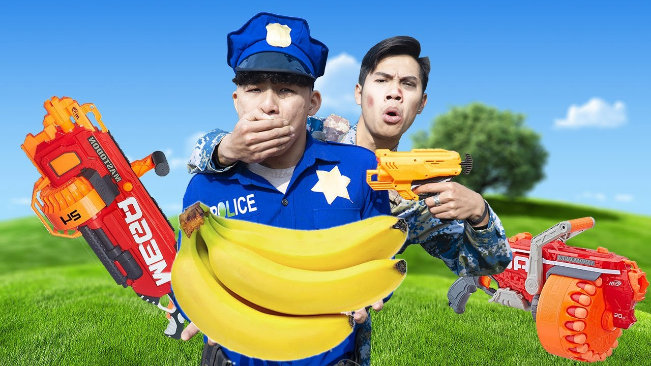 Battle Nerf War POLICE COMPETITION Nerf Guns Two Idiots BANANA BATTLE NERF FUNNY FILMS