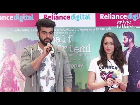 Half Girlfriend Movie Press Conference At Reliance Digital | Arjun Kapoor,  Shraddha Kapoor