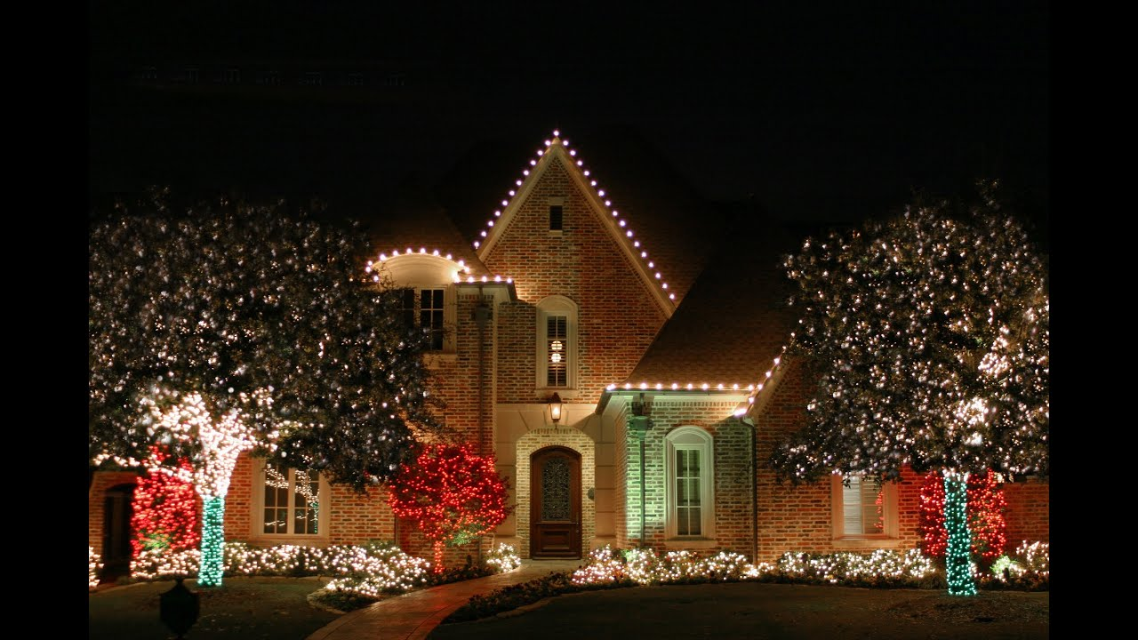 Outdoor Christmas Lights Installation