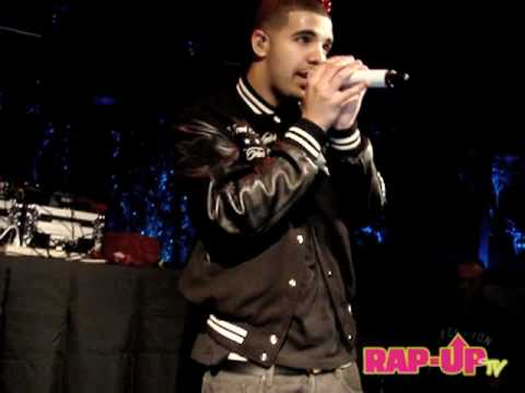 Drake Performs Show Me a Good Time and Freestyles