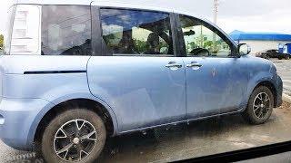 Смотрим машину Toyota Sienta  Домашние баловства простой семьи с детьми