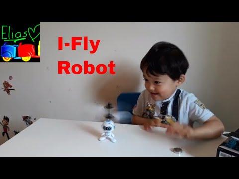 Robot! Flying Robot!