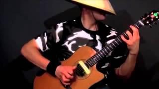 chơi nhạc sàn bằng guitar   chỉ có thể là thánh guitar đội nón thôi !