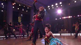 видео Давайте потанцуем (2004)