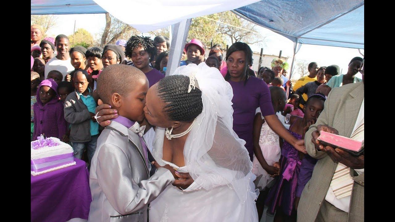 متع عقلك مع قصة الحياة الزوجية للطفل الذي تزوج إمرأة عجوز بجنوب أفريقيا ـ غرائب و عجائب الزواج Youtube