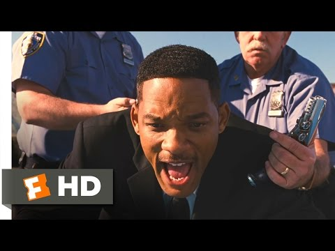 Men in Black 3 - Hippies and Racial Profiling Scene (5/10) | Movieclips