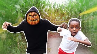 Escape Pumpkin Patch In Haunted Corn Field