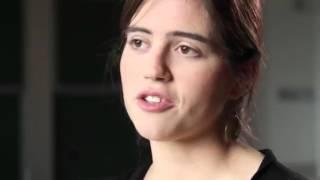 La hija carmelita del psiquiatra Enrique Rojas y de Isabel E