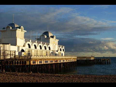 Places To See In ( Portsmouth - UK ) South Parade Pier