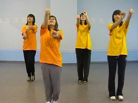Голая девочка делает утрению гемнастику смотреть видео фото 499-255