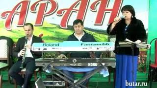 Сульгия Гаджиева и Билал Эскендеров на свадьбе в с.Бутказмаляр