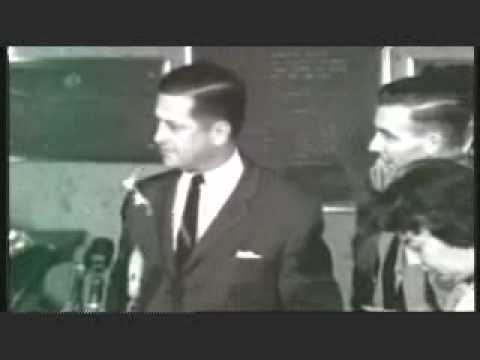 JFK - Lee Harvey Oswald's Brother Robert Looks Uncomfortable Before Cameras