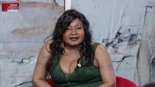 LE MIROIR S03 avec Mbilia Bel (chanteuse)