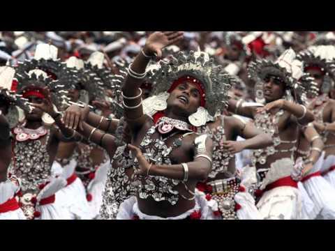 """""""Kirula Muthu Lihi"""" Song By Janaka Wickramasinghe"""