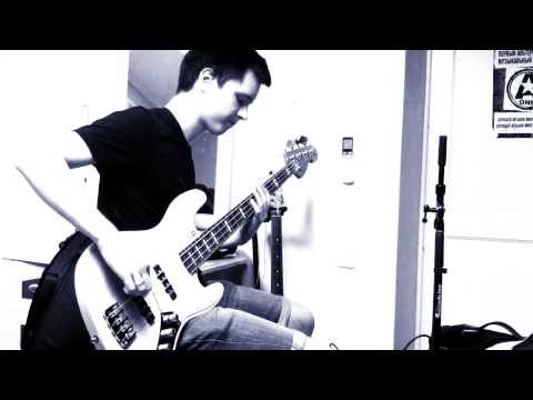 Muse - United States of Eurasia (Bass cover)
