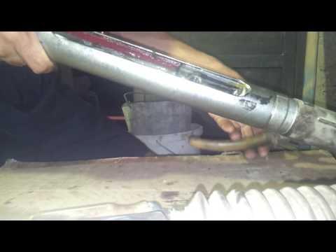 ВАЗ 2114 (48) Устанавливаем рулевую рейку на место!