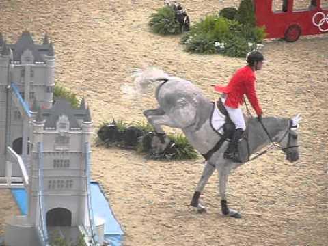 London 2012 Horse Landing A Jump Youtube