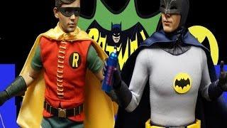 Hot Toys 1/6 Batman & Robin 1960s Adam West Burt Ward - Da Bomb Show Elite Review