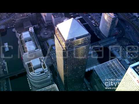 London Aerial Footage - One Canada Square, Canary Wharf (HD)